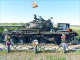 Памятник `Черный Танк` ЛНР