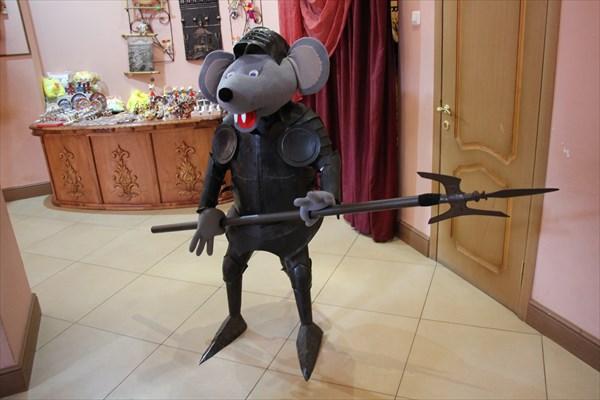 041-Мышь-охранник