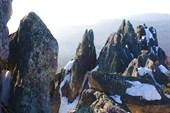 `Каменные перья` на горе Двуглавой
