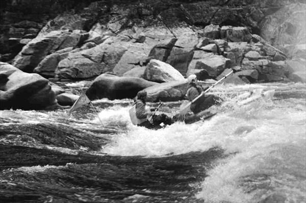 Акишма. В каньоне Поющие скалы.