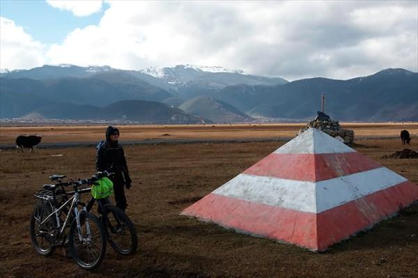 Китай, предтибетье, окрестности озера Напахаи