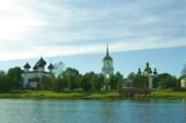 Панорама города с реки Онеги