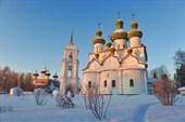 Соборная площадь. Каргополь. Фото Л.Гольдина