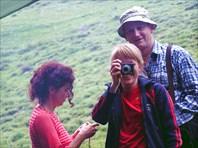Бриджита, Антон и Наташа (с фотоаппаратом)