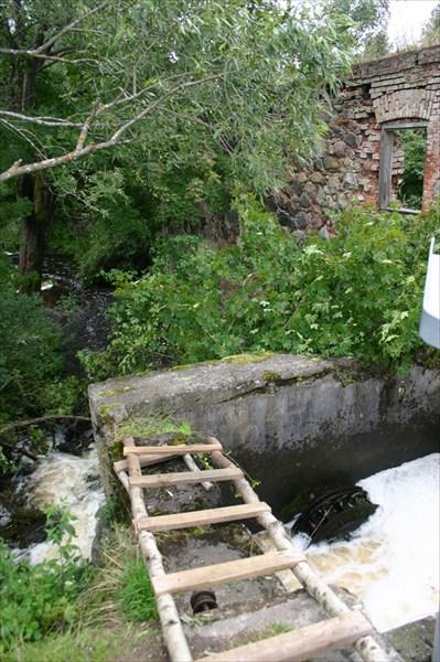 Развалины немецкой водяной мельницы