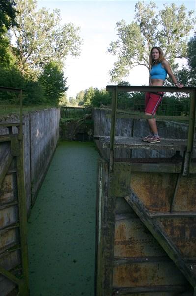 Заброшенный шлюз на Мазурском канале