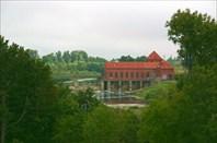 Старая немецкая гидроэлектростанция. Восстановлена в 1998 г.