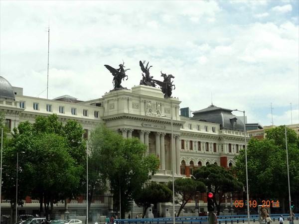 Мадрид из окна автобуса.