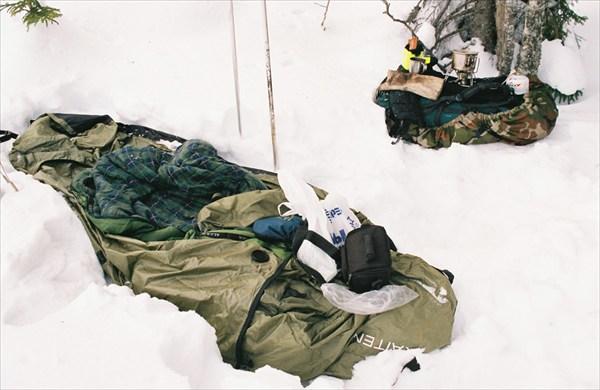 Спал и ел на льду, на выходе/входе в Маркатсимансаалми.
