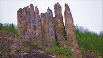 Группа столбов