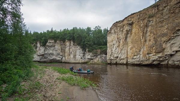 Скальные берега Щучьей