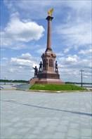 """Памятник """"1000-летию Ярославля"""""""