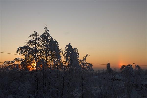 Красота морозного утра. Вид из окна гостиницы.