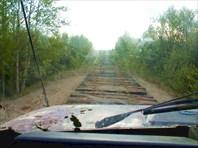Многие реки пришлось объезжать по шпалам