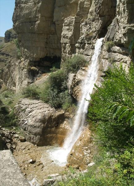 Водопадик перед селом