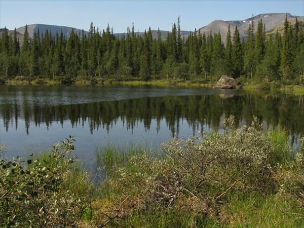 Озеро в долине Кунийока
