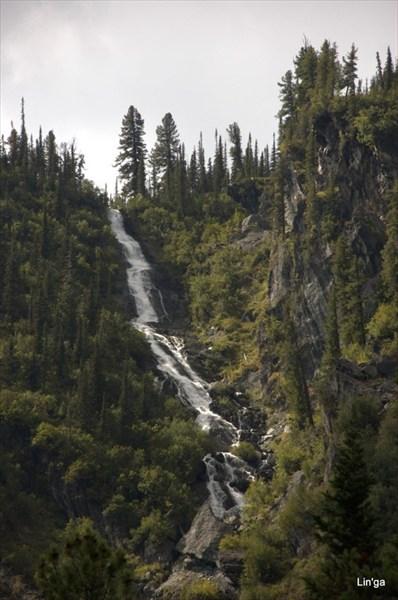 Водопад на реке Шадат