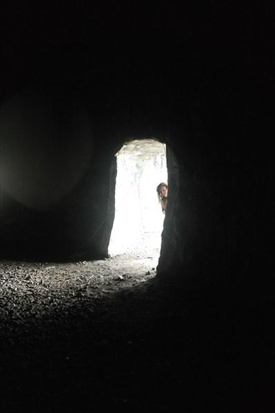 Неожиданно выход посреди тоннеля