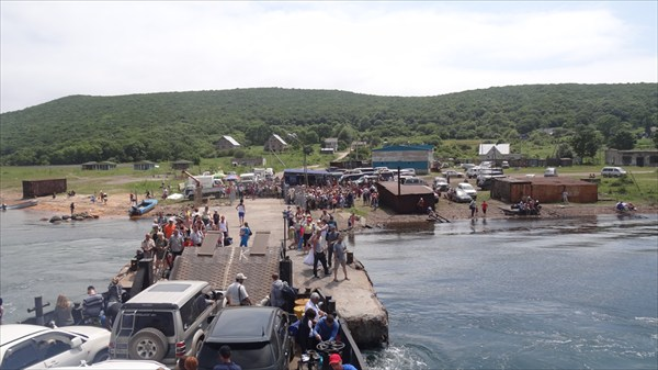 Паром на остров Попова