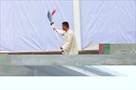 Занятия физкультурой на улице г. Дуцзянъянь.