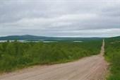Фото. 3. Дорога в Пяйве. Слева оз. Пяйвеярв