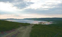Фото. 46. Вид на губу Бол. Мотка и бухту Озерко.