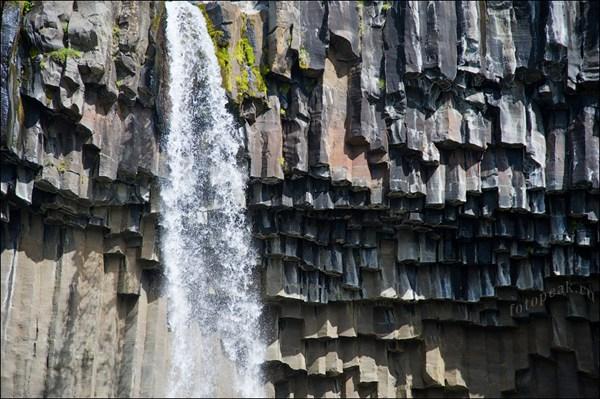 Национальный парк Скафтафель (Skaftafell), водопад Свартифосс