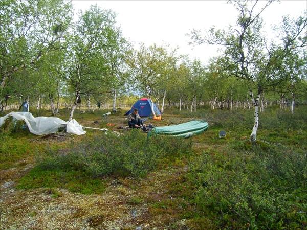 В лагере на берегу Nikulasjoki