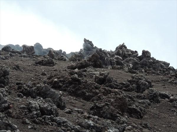У главного кратера