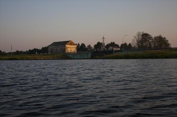 Закат на водохранилище