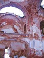 Внутри Троицкого собора-Реконьский монастырь