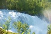 Верхняя ступенька водопада