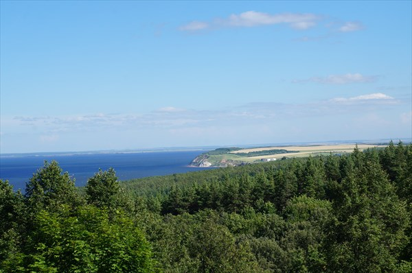 Вид на Камское устье и гору Лобач