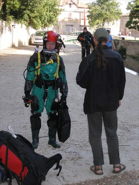 на фото: После нырялки в Бург де Сант Андеол. От сифона до авто 30 метров