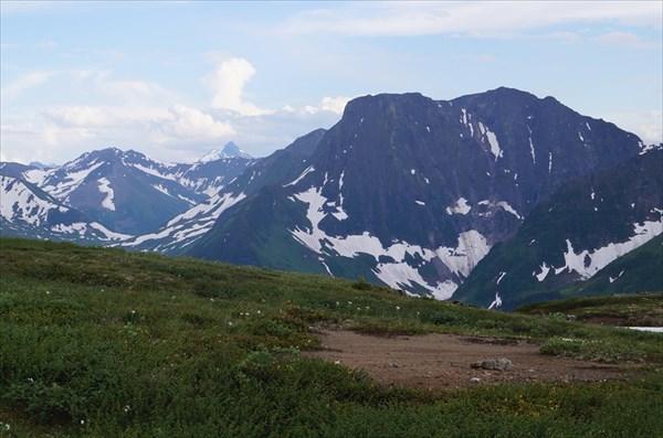 Кинзелюкский хребет вершина 2182,9 м