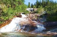 Водопад озера Художников