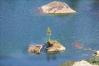 Островок на озере Художников