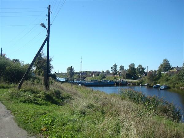 Мост через канал