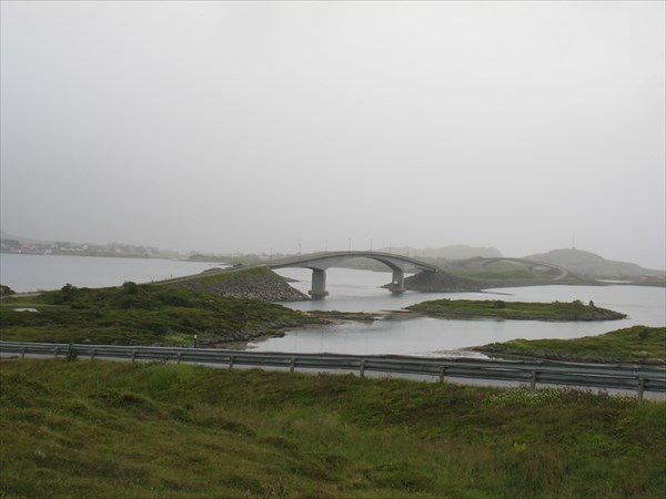 Потрясающая система мостов - мы даже по ней прокатились специаль