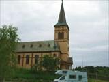 Костел в городке Кабелвог.