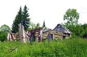 Фото. 15. Руины дома на окраине Бол. Ортона