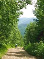 Фото. 70. Крутой участок в начале спуска с пер. Клай