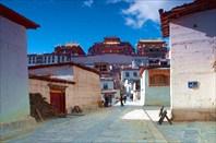 Монастырь Songzanlin