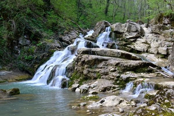 Аюкский водопад (большой)