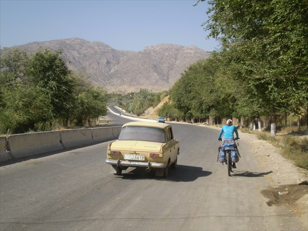 Лезем на перевал Тахта-Карача