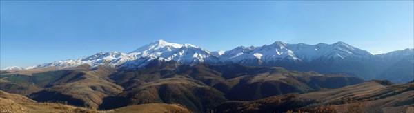 Эльбрус с плато Бечасын.