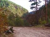 В долине реки Худес