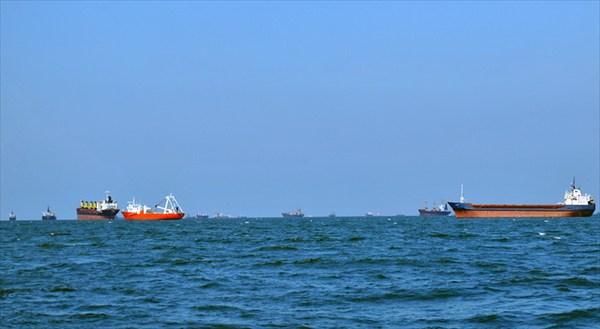 корабли в Мраморном море