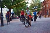 Местный `Арбат` - улица Почтовая