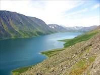 Вид на северную оконечность озера сверху.
